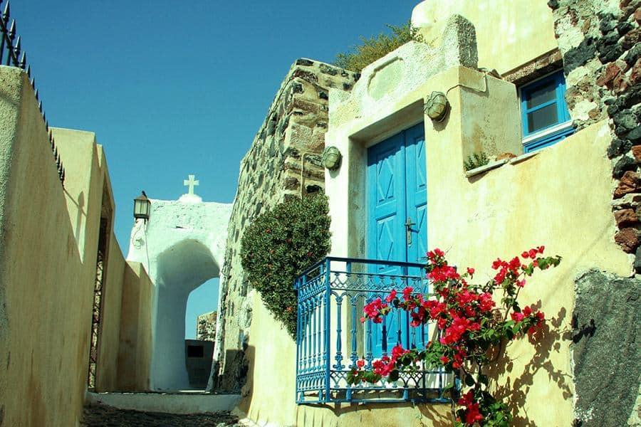 pyrgos ecclesiastical museum - 9 museums in Santorini