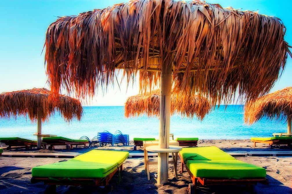 perivolos_beach_santorini